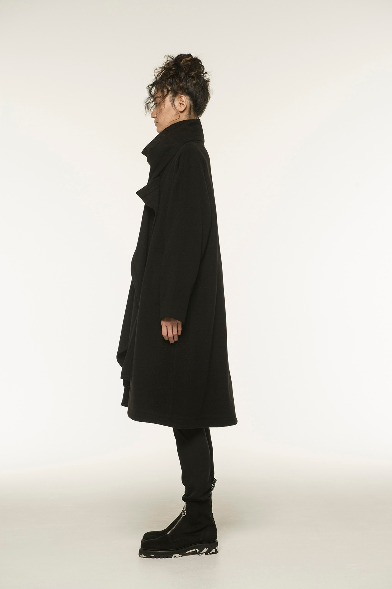 Wool Mossa Stole Coat