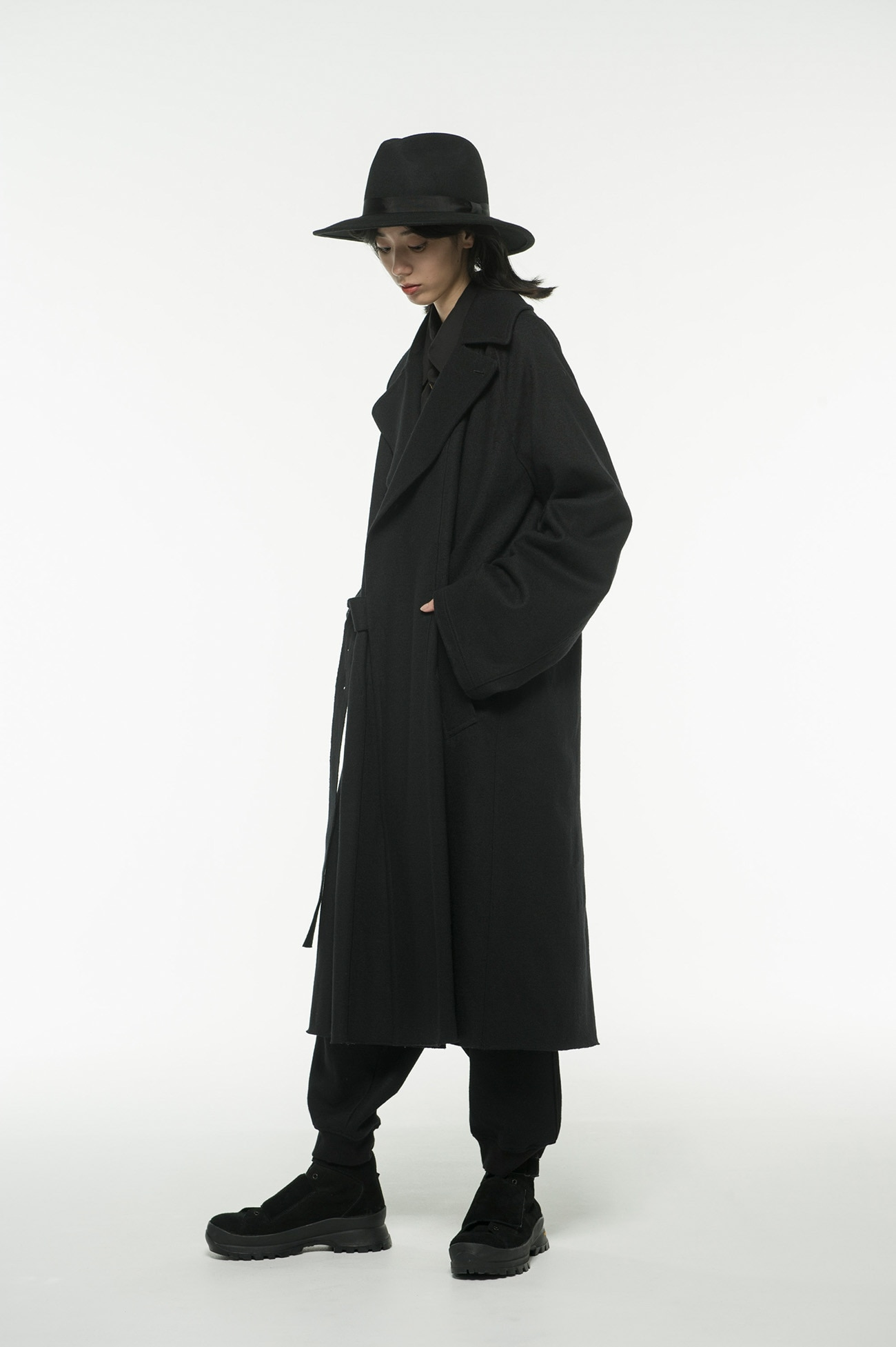 Compression Wool Tielocken Coat