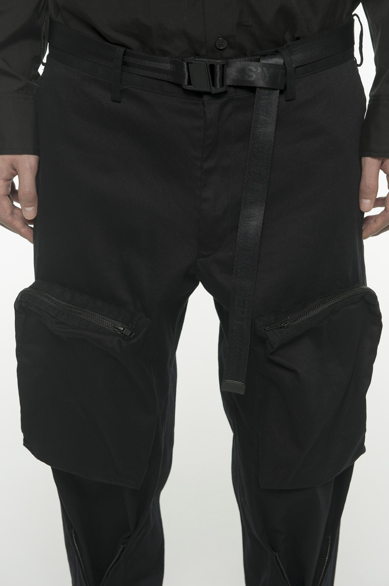 20 / Cotton Twill Bondage Zipper Cargo Pants