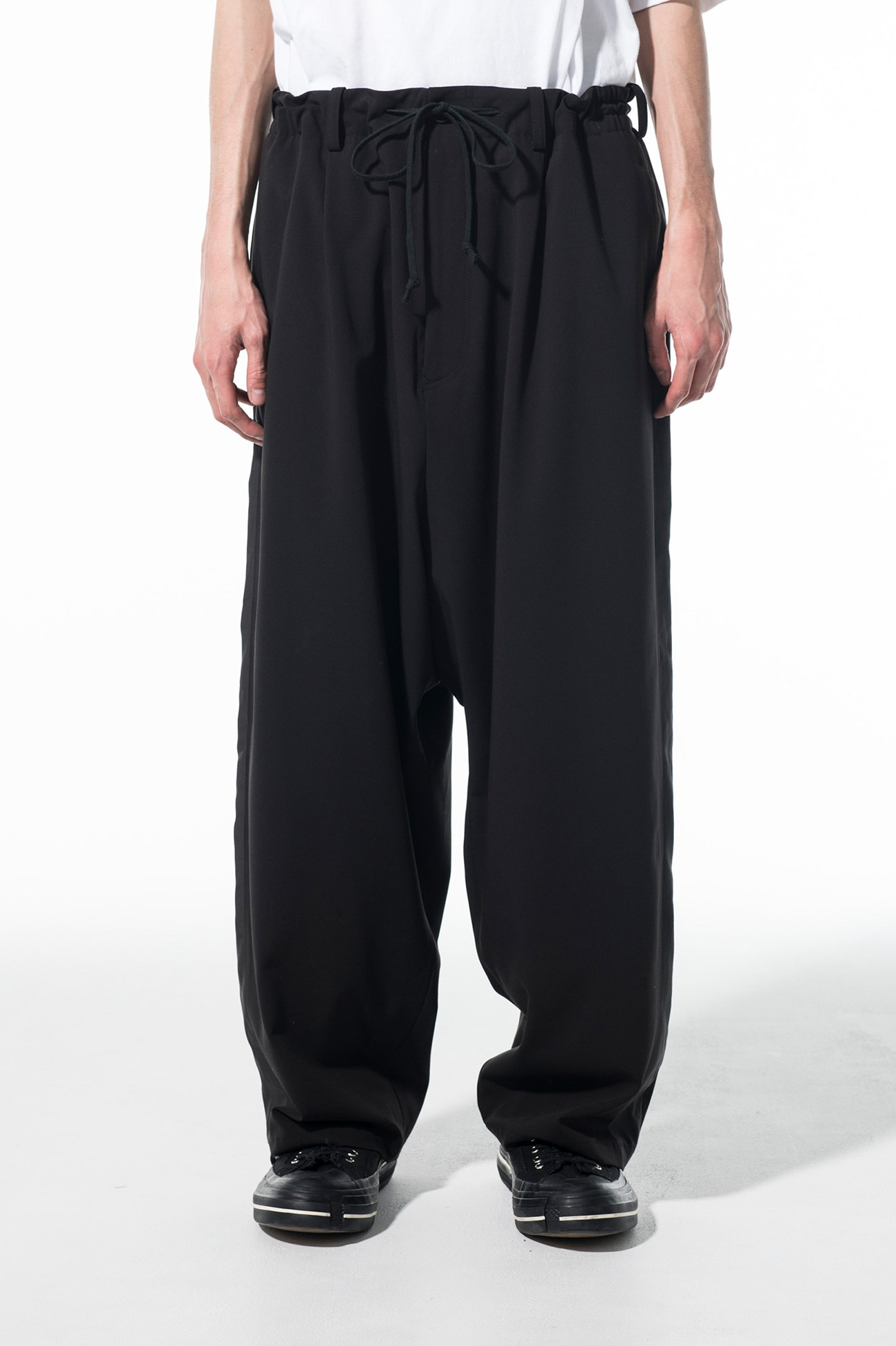 Pe/Rayon Gabardine Stretch One-tuck side tape extra-thick Sarouel pants