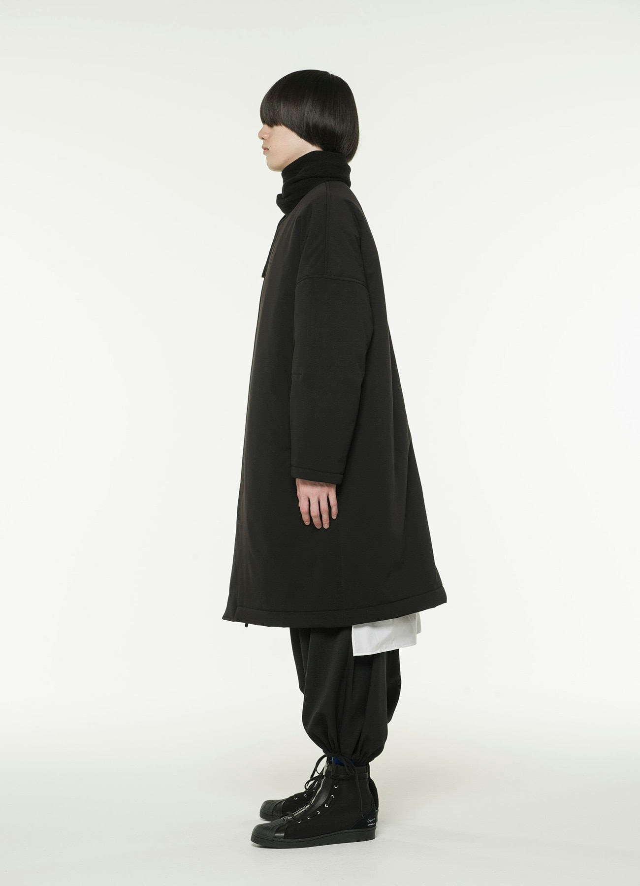 Pe / Rayon Gabardine Stretch No Color dot Button Coat