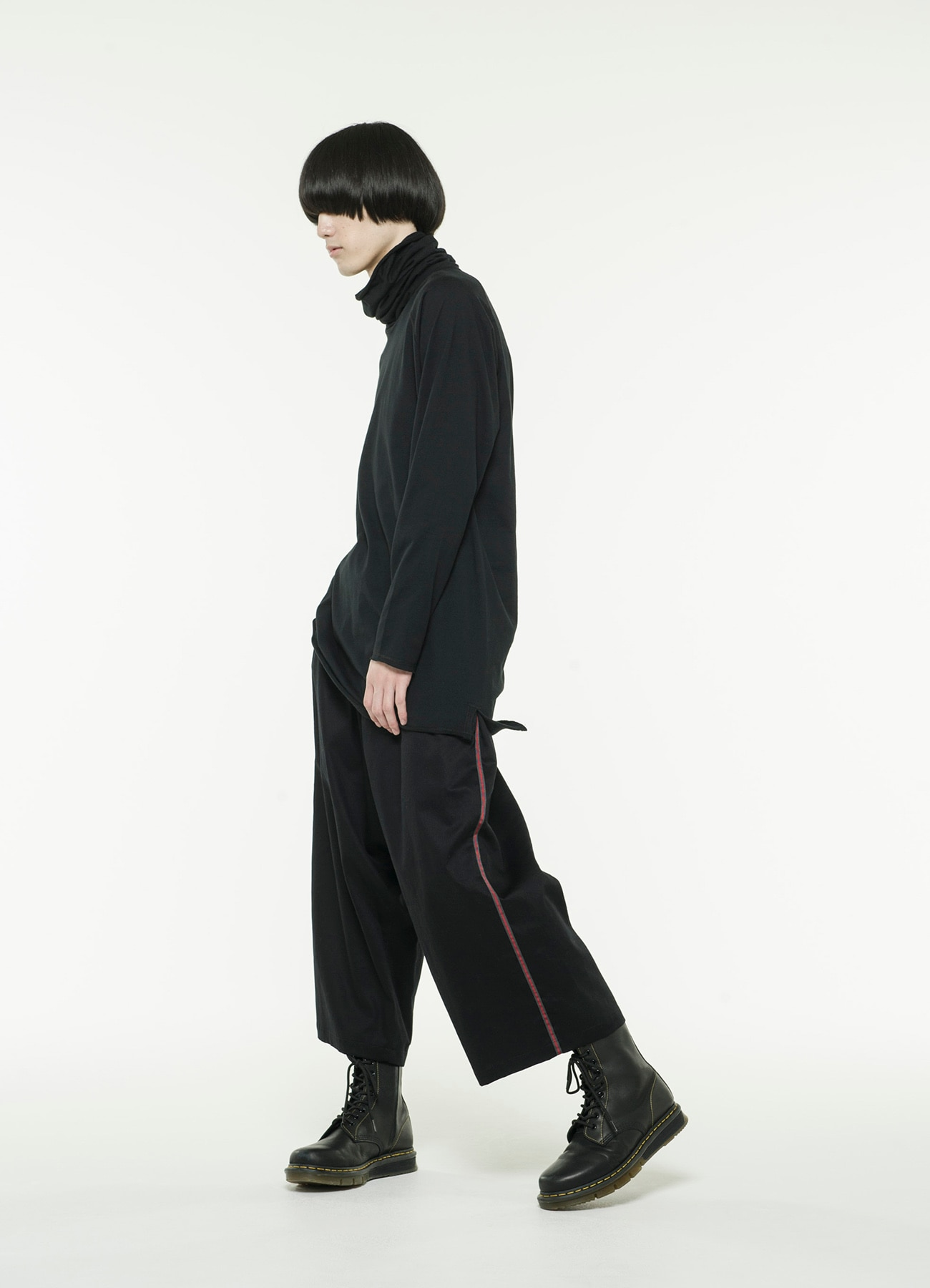 20 / Cotton NoTack SideTape Cropped Wide Pants