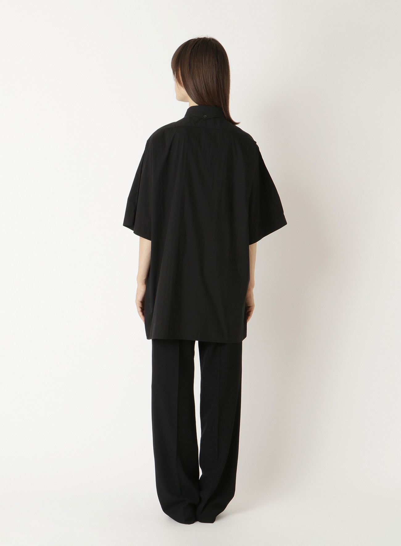 C/N TYPEWRITER BIO PIN TUCK BLOUSE