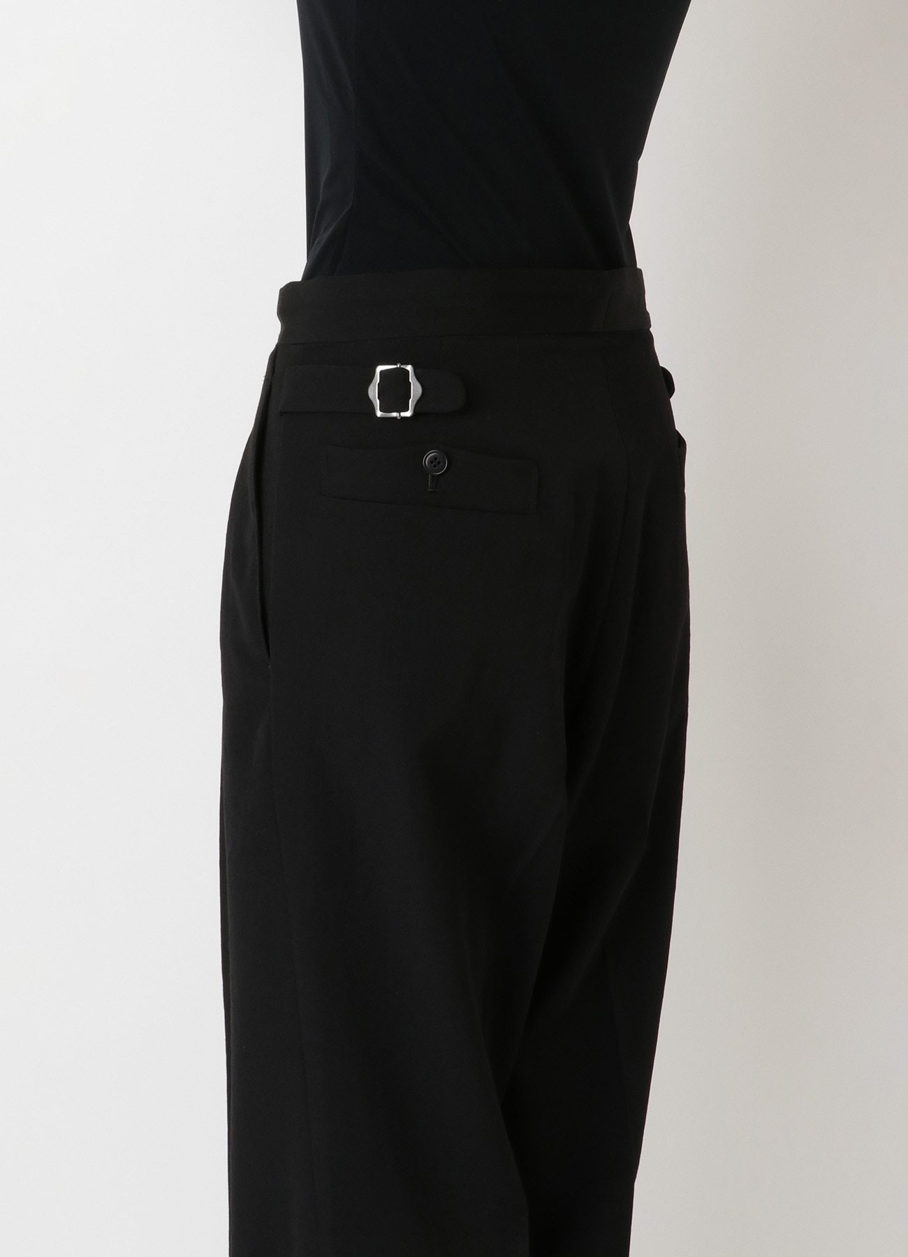 DRY-WASHER GABARDINE TUCK PANTS