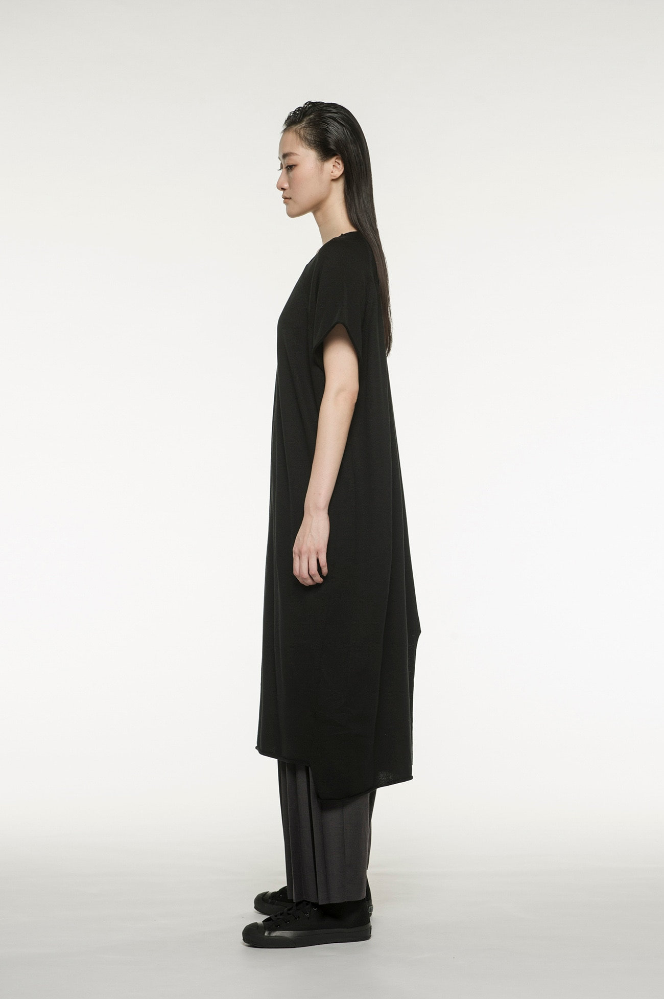 RISMATbyY's Acrylic Cotton Degree Amatenji Asymmetric Knit Dress